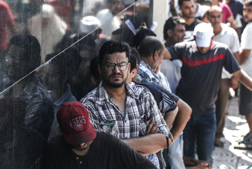 إعادة تقليص الوقود المُخصّص للقطاع: القاهرة تتدخّل على خط التهدئة في غزة