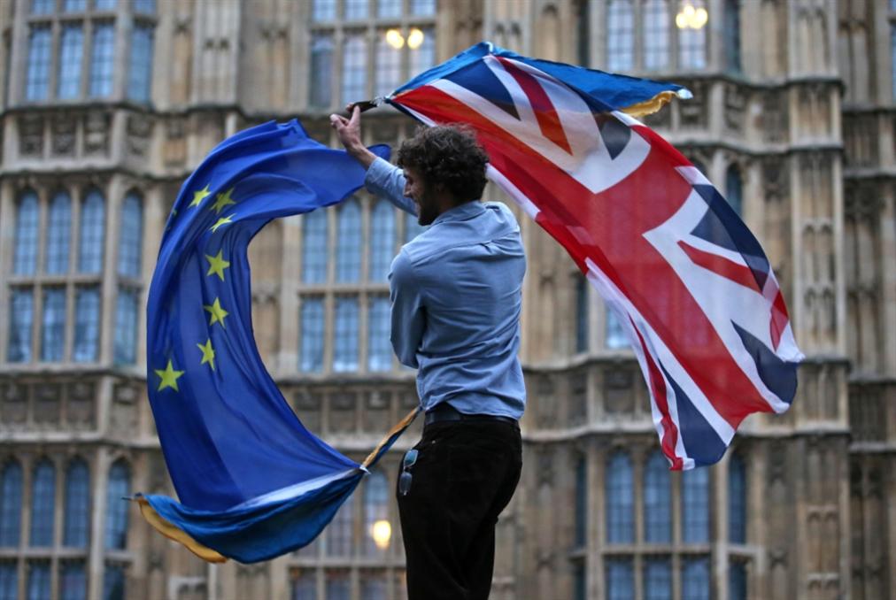 بريطانيا | تمهيد الطريق أمام «بريكست» من دون اتفاق: جونسون يعلّق عمل البرلمان