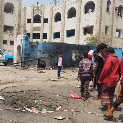 طرد النازحين وترحيل العمال ونهب المصالح: عدن تضيق باليمنيين