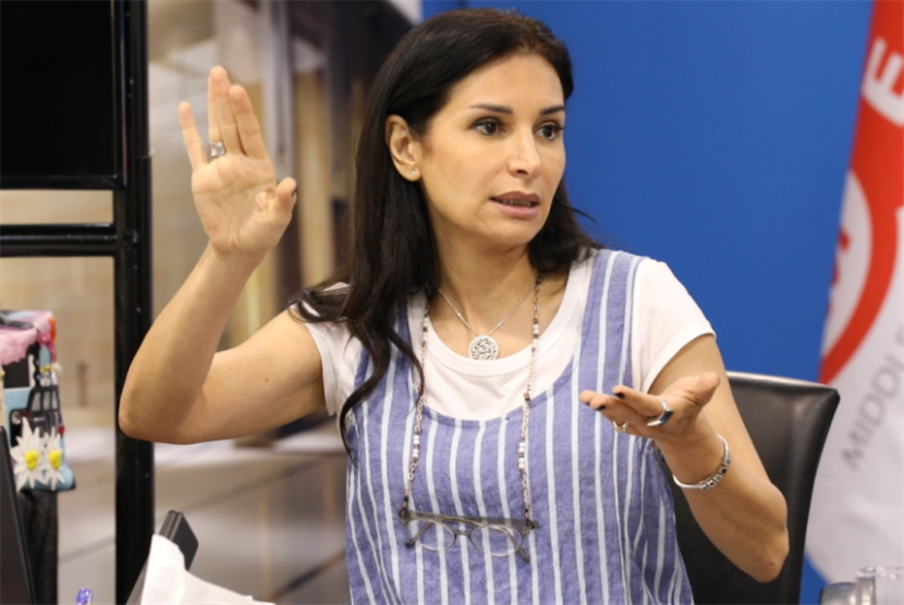 رشا شربتجي: اعطوني منتجاً لأعيد «غزلان في غابة الذئاب»