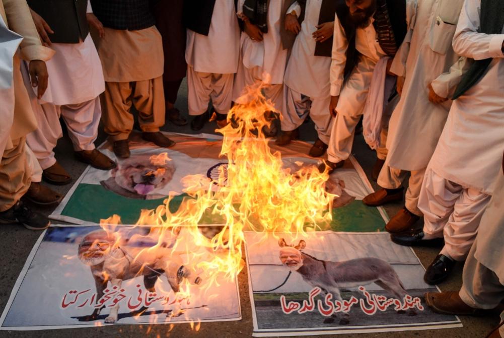 باكستان تحذّر الهند: إلغاء «قرار كشمير»... أو الحرب