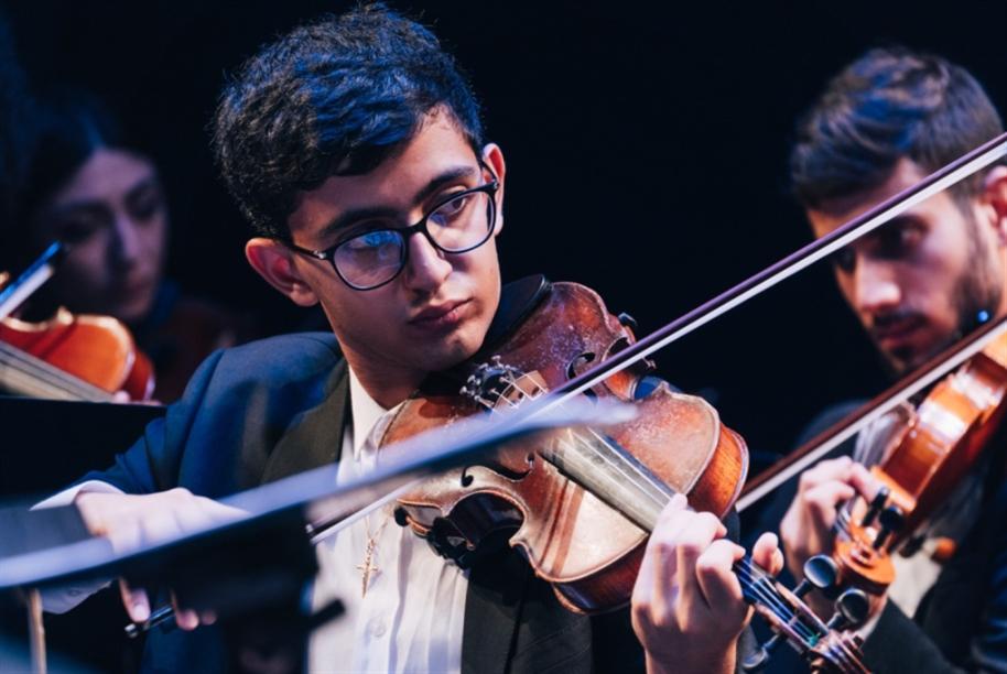 «الكمنجاتي» في لبنان: موسيقانا هي الأمل