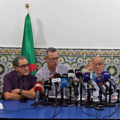 «هيئة الحوار» ترفض «المرحلة التأسيسية»: الانتخابات الرئاسية أولاً