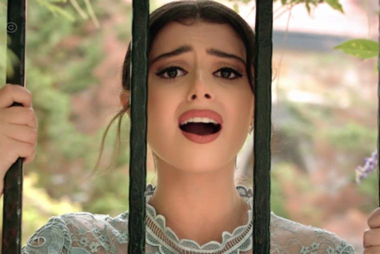 ماريتا الحلاني تغني «بردانة أنا»: دون المتوقع