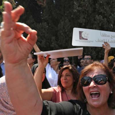 نسويّة الـ«إن. جي. أوز» مقابل النسويّة الجذريّة: عن   إسراء غريب