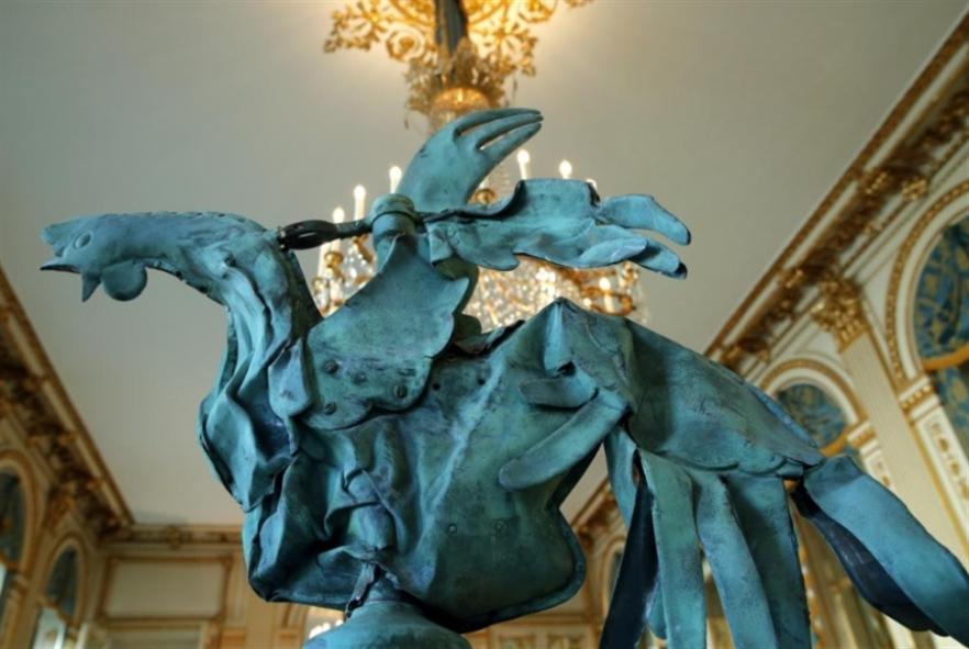 ديك نوتردام في معرض باريسي
