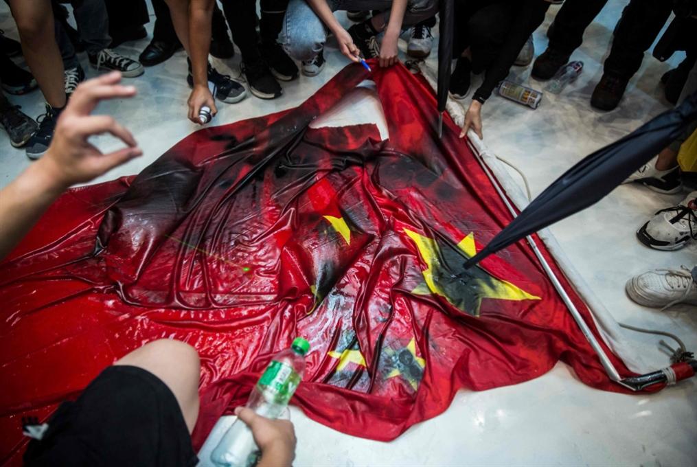 حراك هونغ كونغ يفقد زخمه