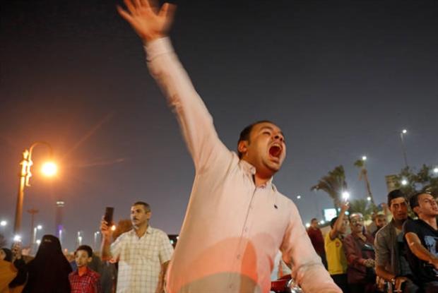 السلطات المصرية تضيّق الخناق الكترونياً