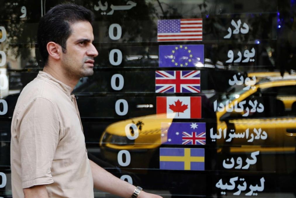 تجارة إيرانية - روسية بلا «سويفت»: هل تُغني العملات المحلية عن الدولار؟