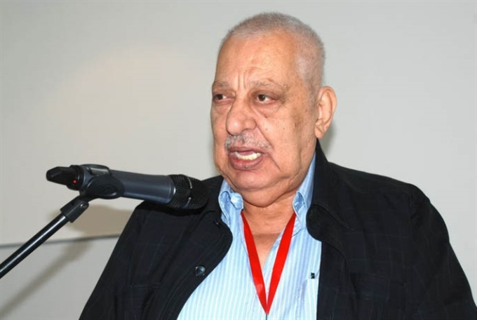 المناضل تيسير قبّعة: فلسطيني عربي أممي
