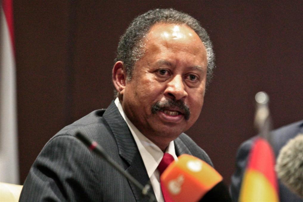 السودان | ولادة قيصرية لحكومة المرحلة الانتقالية: حمدوك يَعِد بالعدالة والرخاء