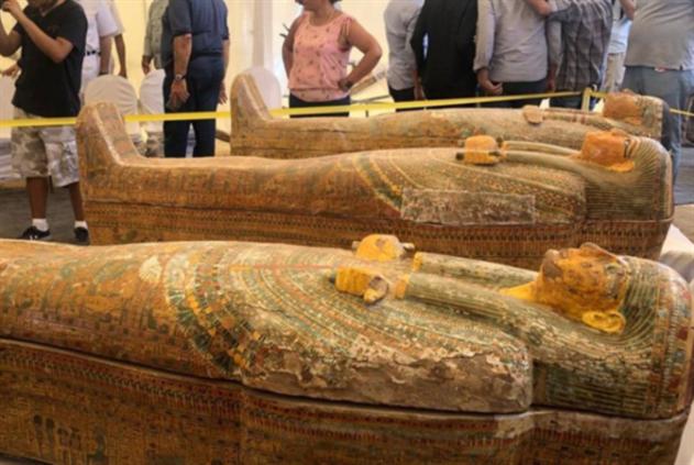 مصر: اكتشافات أثرية بالجملة