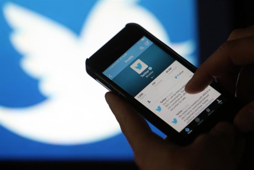 تويتر يقنن إعادة التغريد