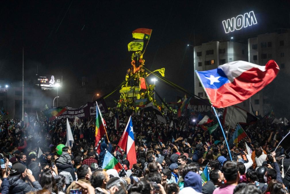 تشيلي تتخطّى حقبة بينوشيه: نحو صياغة دستور جديد