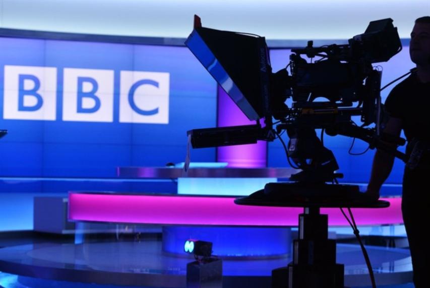 «بي بي سي» لموظفيها: «الحيادية» على السوشال ميديا وإلا!
