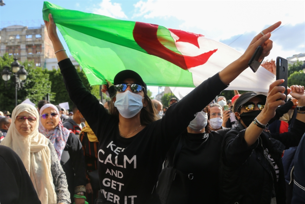 الجزائر | الاستفتاء الدستوري غداً: مرض الرئيس يُشوّش الاستحقاق