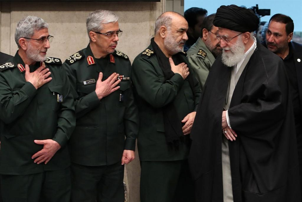 إيران ترفع العصا: الضربة تأتي لاحقاً