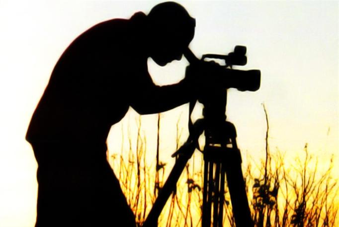 صناعة الوثائقي  في مختبر أونلاين...