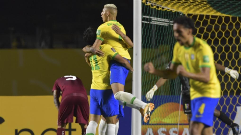 صورة أوروغواي القوية «تهدّد» سجلّ البرازيل المثالي