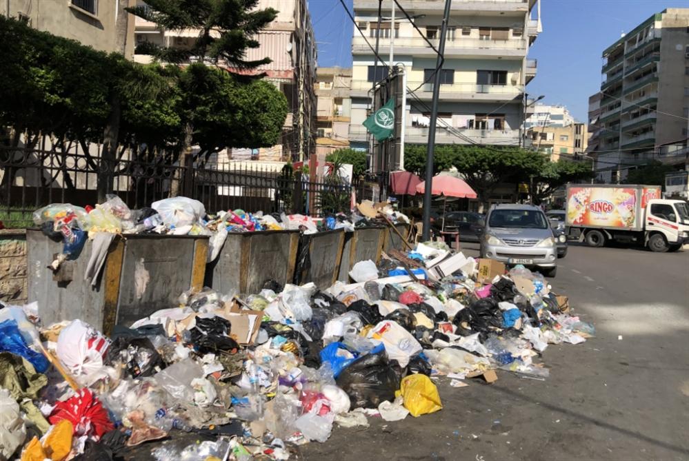 النفايات في صيدا: إضراب عمال الفرز أم أصحاب المعمل؟