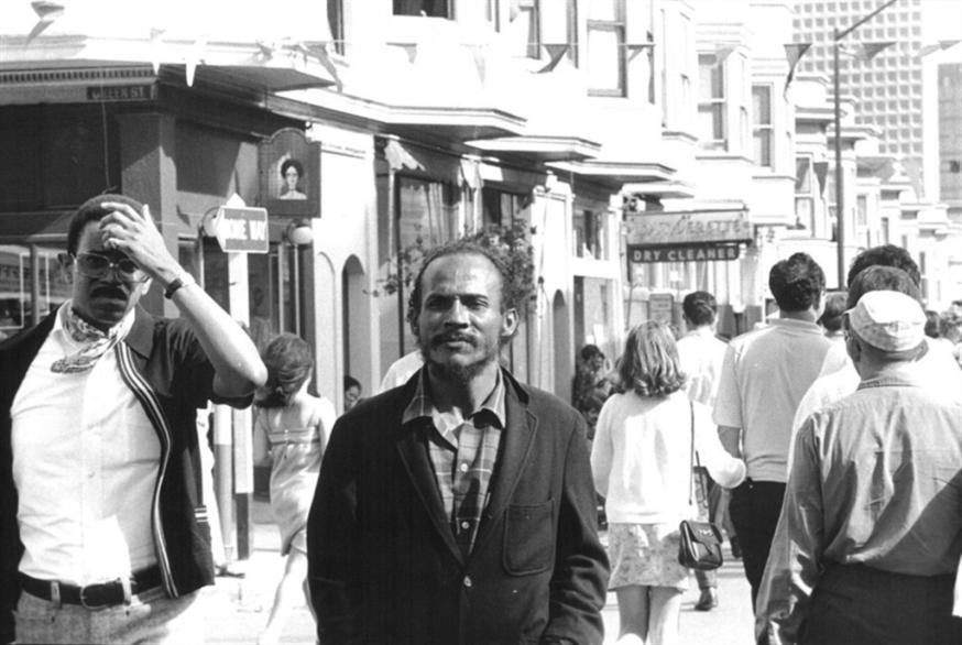 بوب كوفمان: شاعر البذاءة المقدّسة