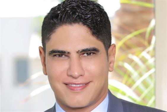 مَن يقف وراء فيديوات أحمد أبو هشيمة؟