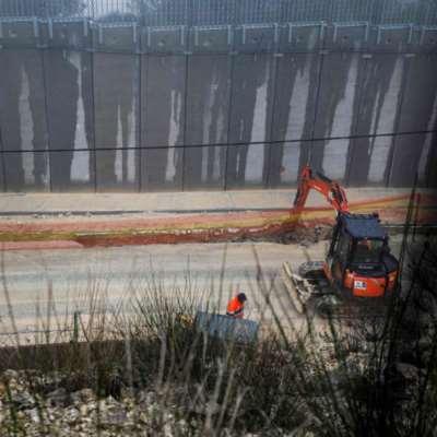 العدو الإسرائيلي يبدأ تركيب أجهزة استشعار على الحدود مع لبنان