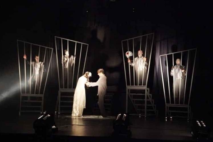 «مهرجان المسرح العربي»... إلى موعد لاحق