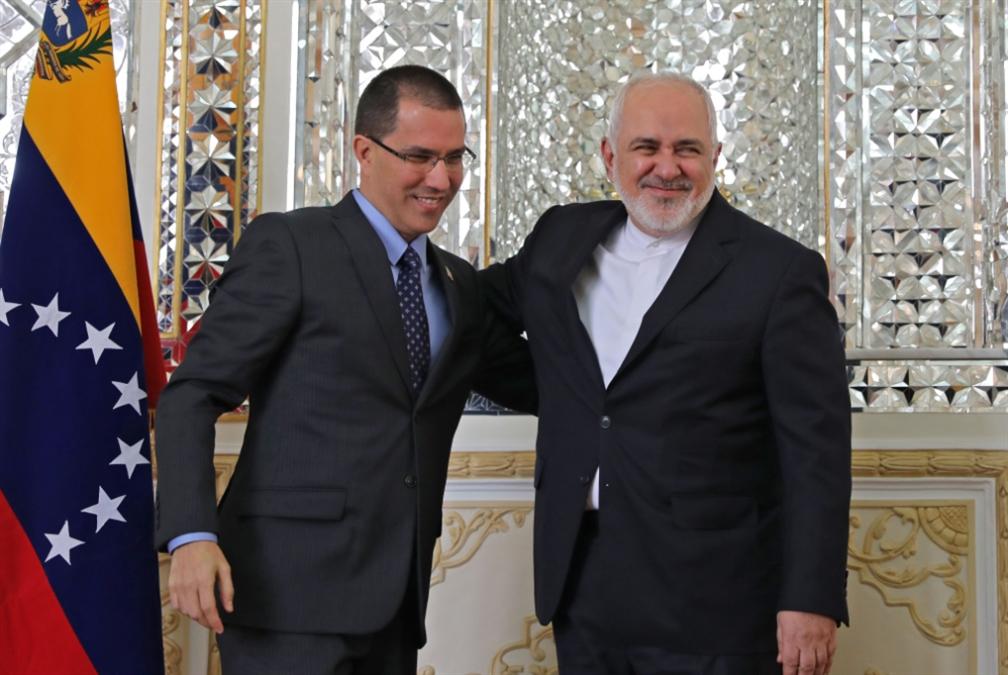 طهران تتوعّد التمادي الأوروبي: ننسحب من «الانتشار النووي»