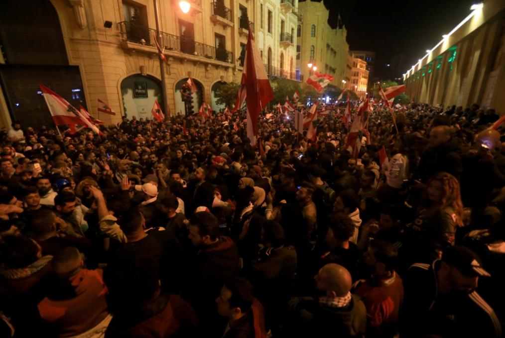 مناقشة لبعض طروحات غسان ديبة حول انتفاضة 17 تشرين