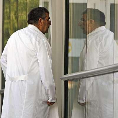 نقابة الأطباء: المستشفيات «تحتجز» أتعابنا