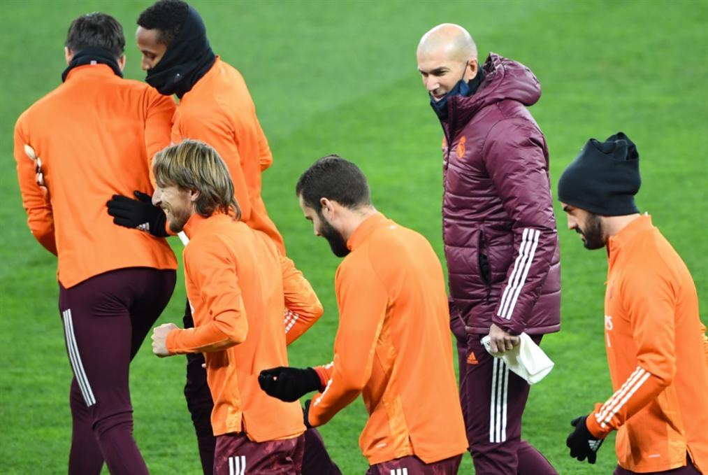 ريال مدريد وزيدان: مشاكل كثيرة وثقة مفقودة