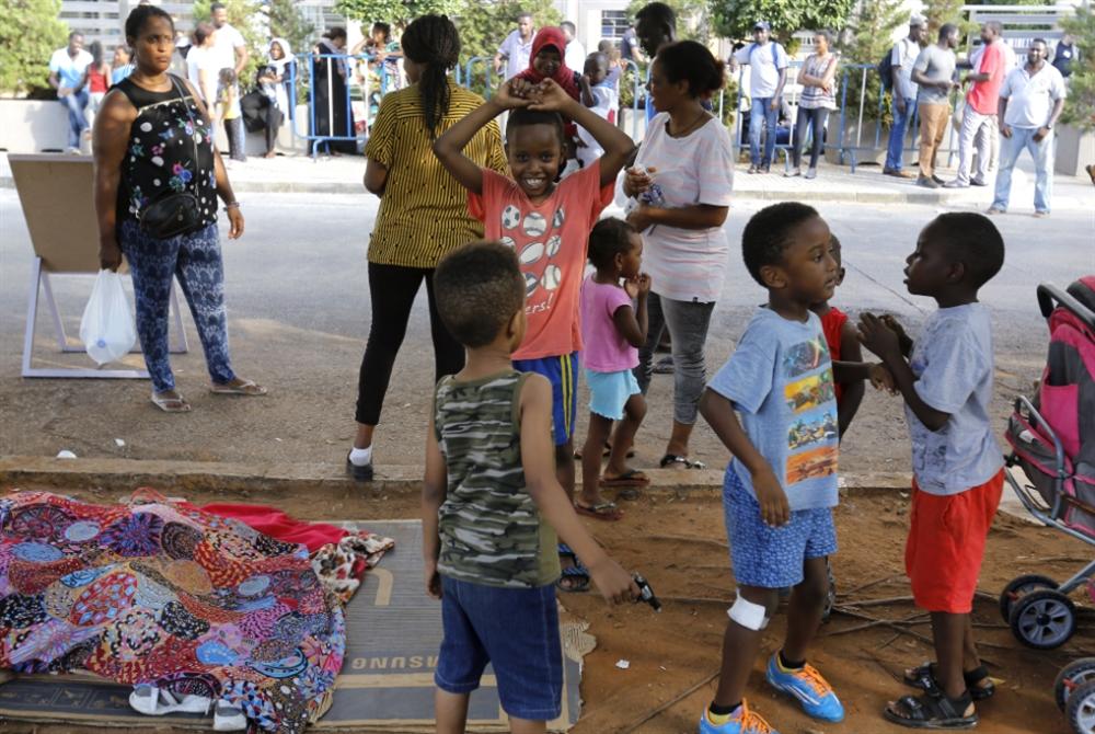 فضّ اعتصام اللاجئين الأفارقة: «الـUNHCR عنصريّة»