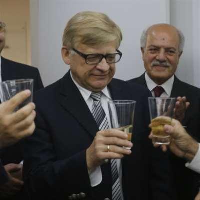 موسكو تمدّ يد العون للبنان من البوابة السورية: جاهزون لإيداع مليار دولار!