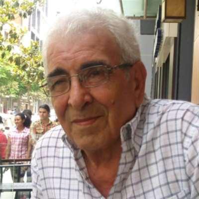 رسمي أبو علي... شاعر الرصيف يغادر المقهى!