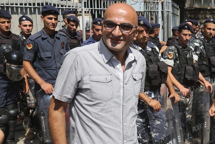 بلطجيّة يعتدون على الزميل محمد زبيب