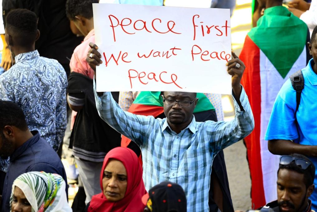 السودان | خطوة ثالثة على طريق استرضاء واشنطن: «خوّة» بـ 30 مليون دولار