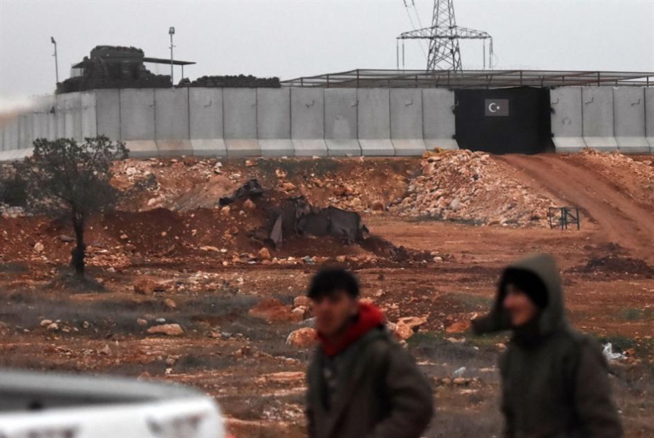 «القطبة المخفيّة» في إدلب: مبادرة إماراتيّة من تحت الطاولة؟