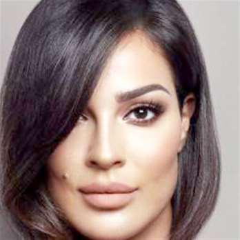 نادين نجيم تنفي هجومها على كاريس بشار