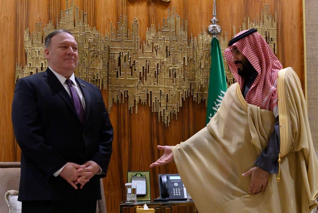 بومبيو في السعودية مُصعِّداً