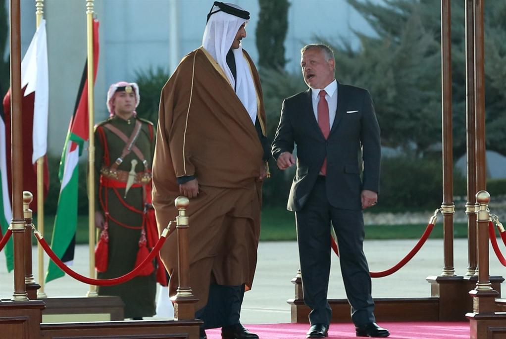 تميم يتمّم الصلح مع الأردن: مساعدات اقتصادية بطعم سياسي