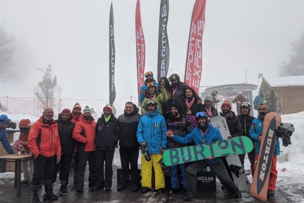ثلاثة سباقات في التزلّج على الثلج