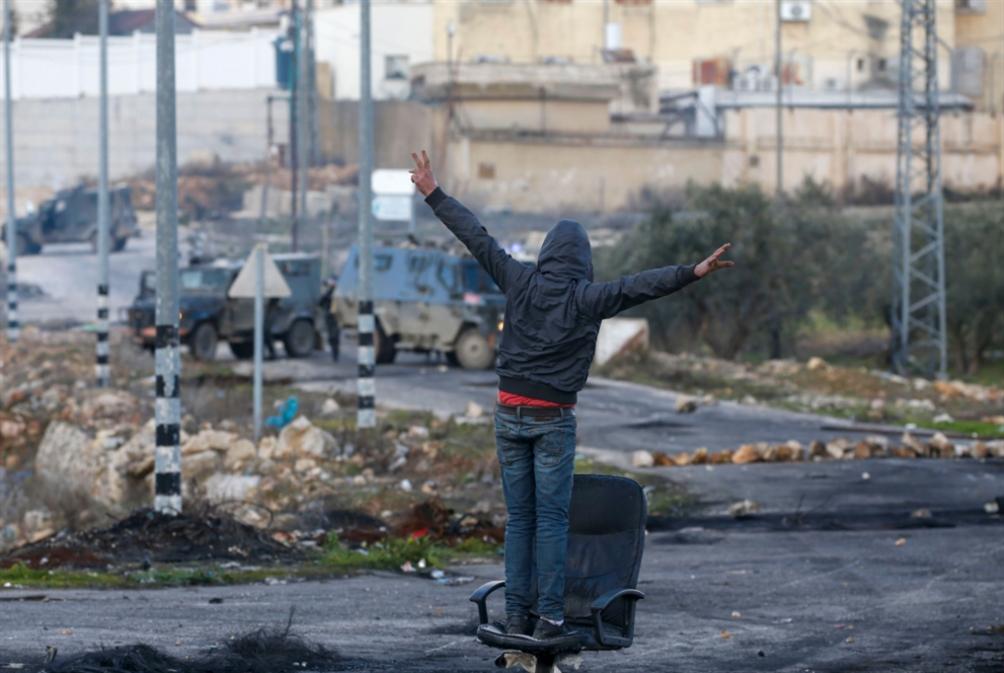 فورة غضب عباس تنتهي: «التنسيق» متواصل... حتى مع الأميركيين