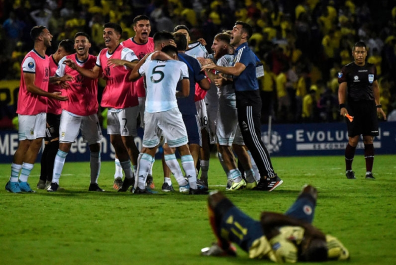 الأرجنتين تحسم بطاقة الأولمبياد