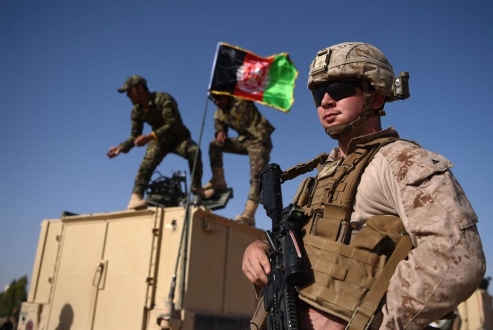 المفاوضات الأفغانية مُعلّقة: اتفاق واشنطن ــ «طالبان» يفاقم أزمات الداخل