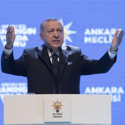أردوغان وقصة الغراب والطاووس…
