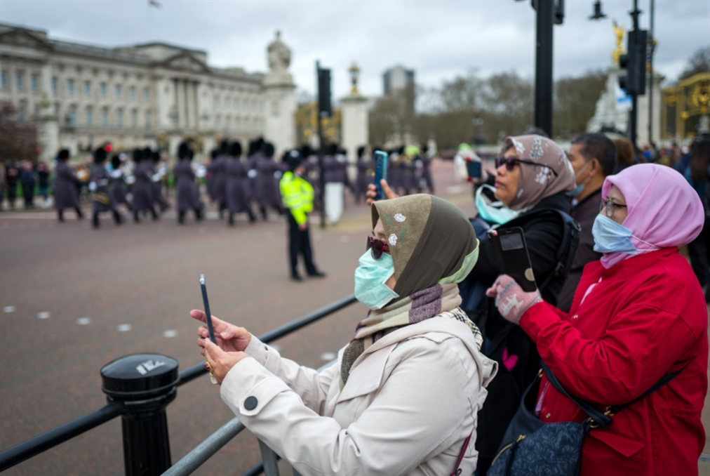 بريطانيا تريد أن يصاب 60% من مواطنيها بـ«كورونا»!