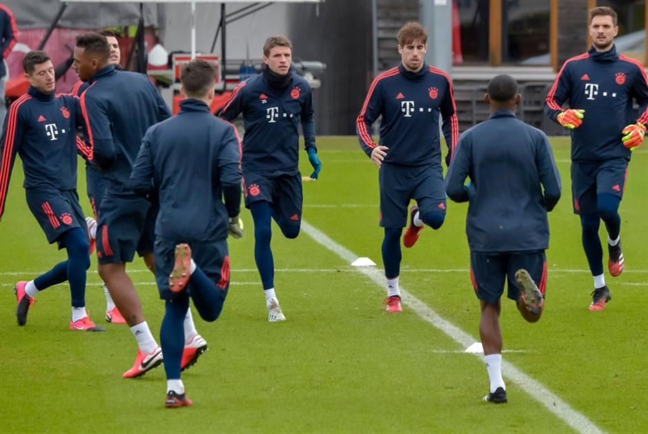 بايرن ميونيخ ينتقل إلى «التدريب عن بُعد»!