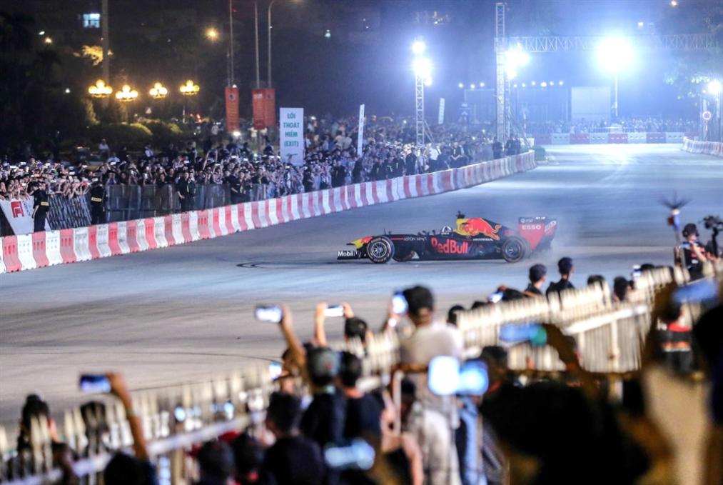 إرجاء انطلاق بطولة العالم للفورمولا 1