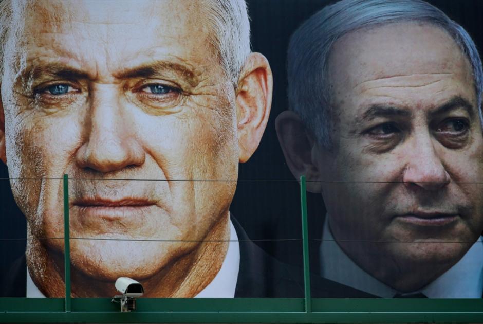 دراما سياسية في إسرائيل: غانتس رئيساً للكنيست و«أزرق أبيض» يتفكك